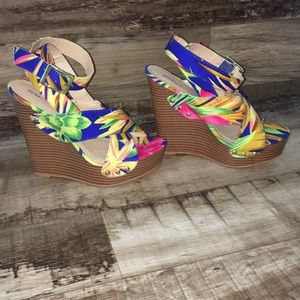 Just Fab Wedge Heels THE MARCY